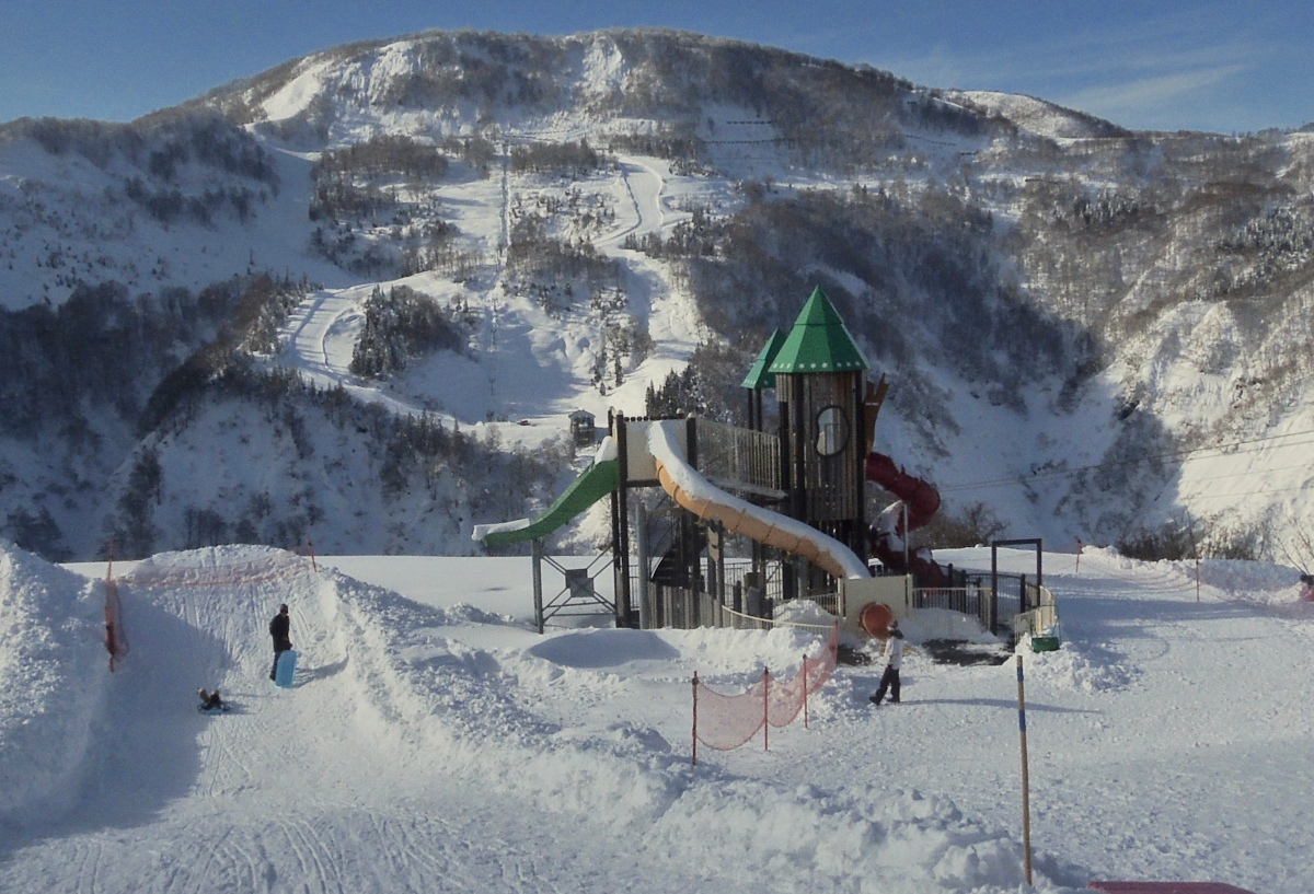 Yuzawa Kogen Snow Resort (Kids Friendly Snow Resort in Japan)